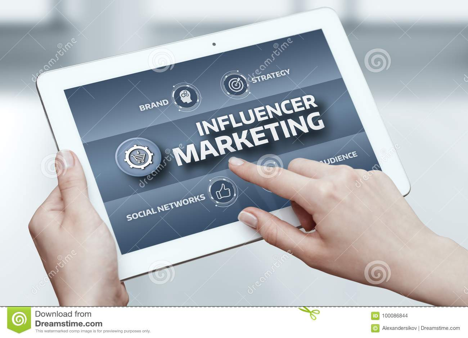 Conceito social da estratégia dos meios da rede do negócio do plano de marketing de Influencer