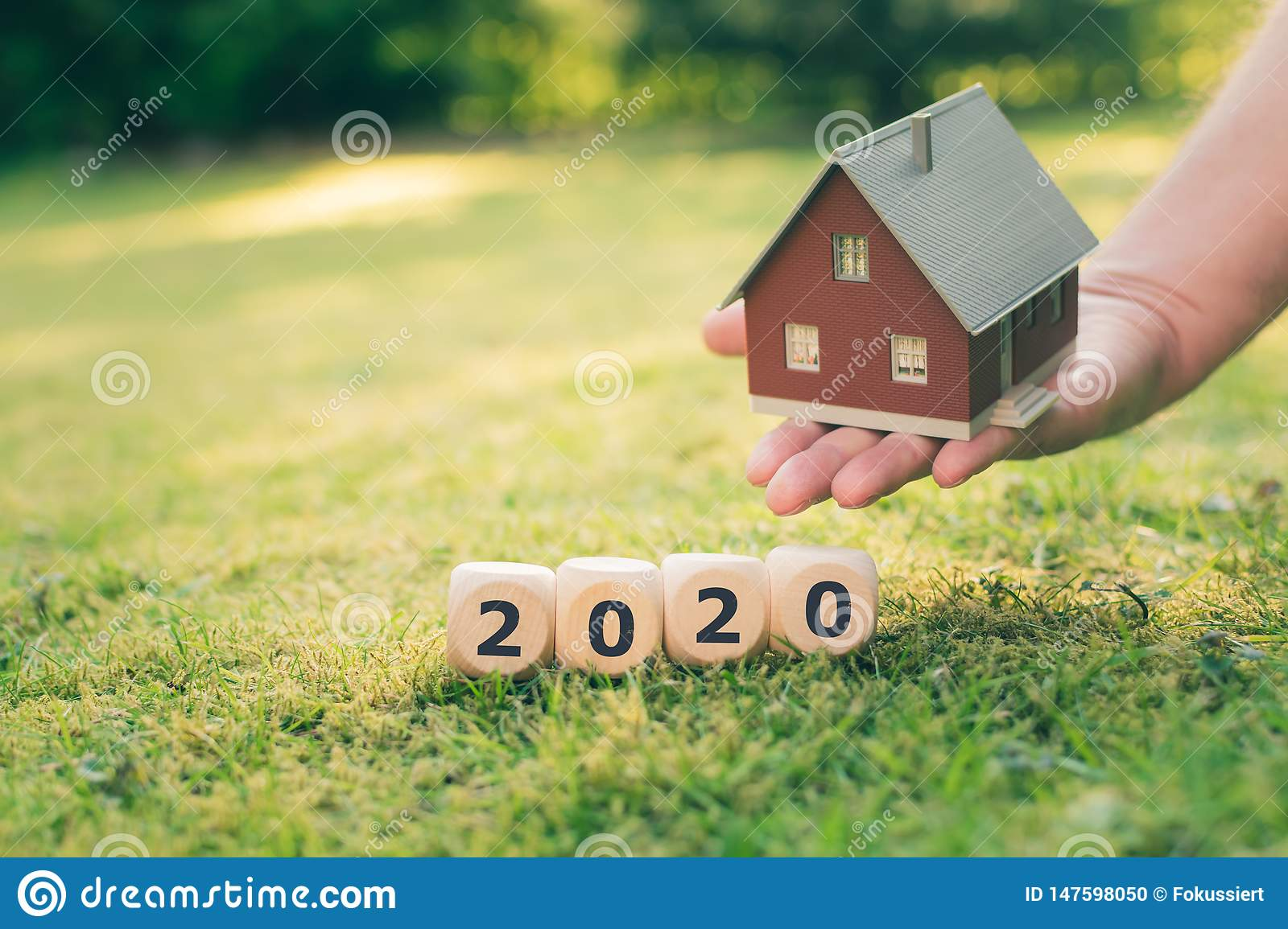 Concept for buying a house in the year 2020.