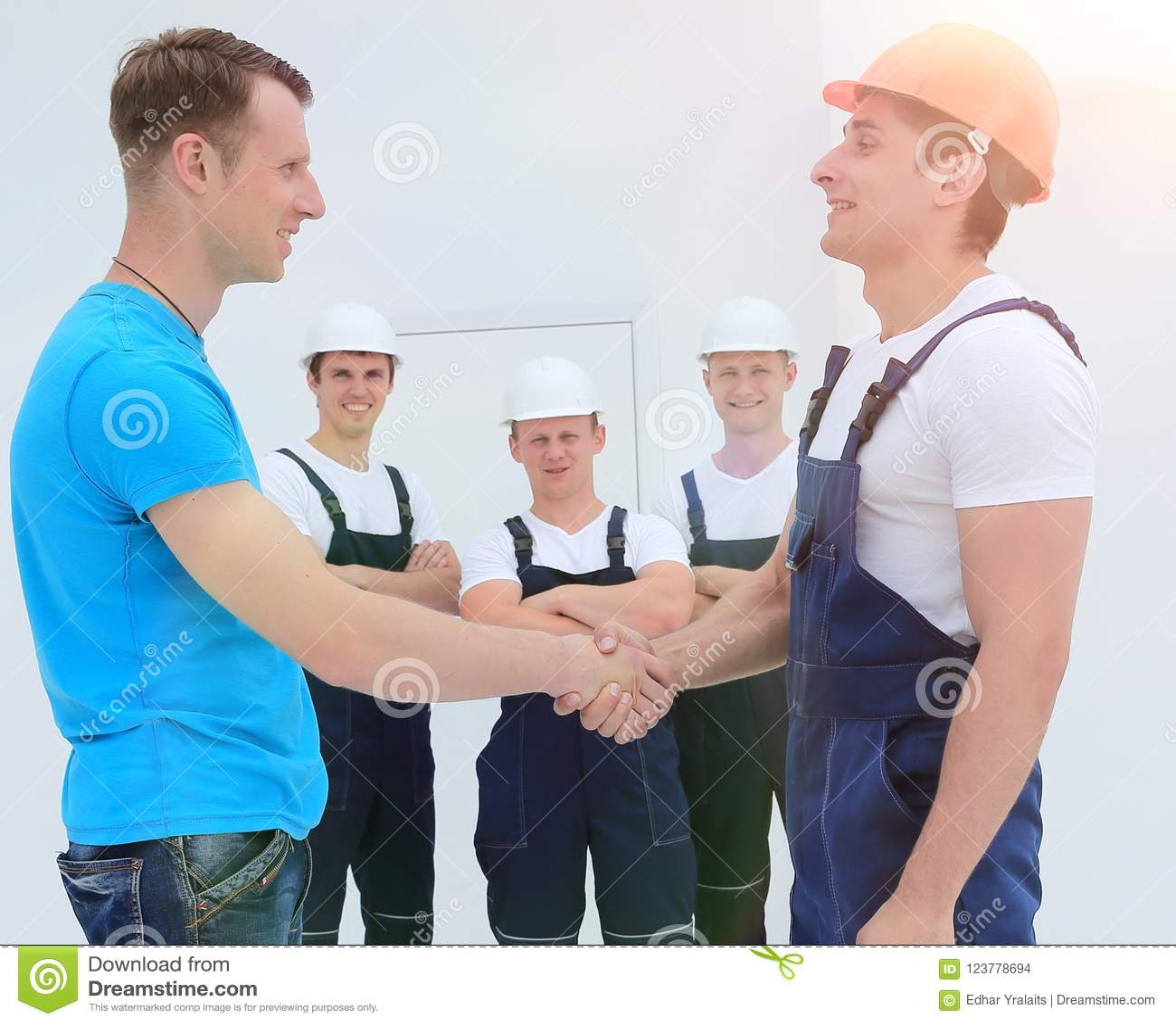 Handshake of the architect and engineer