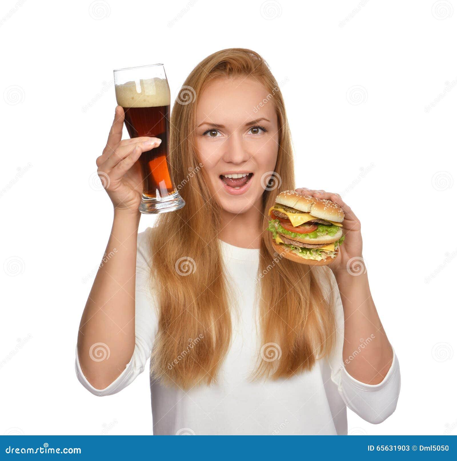 Concept d aliments de préparation rapide Sandwich malsain savoureux à hamburger de prise de femme