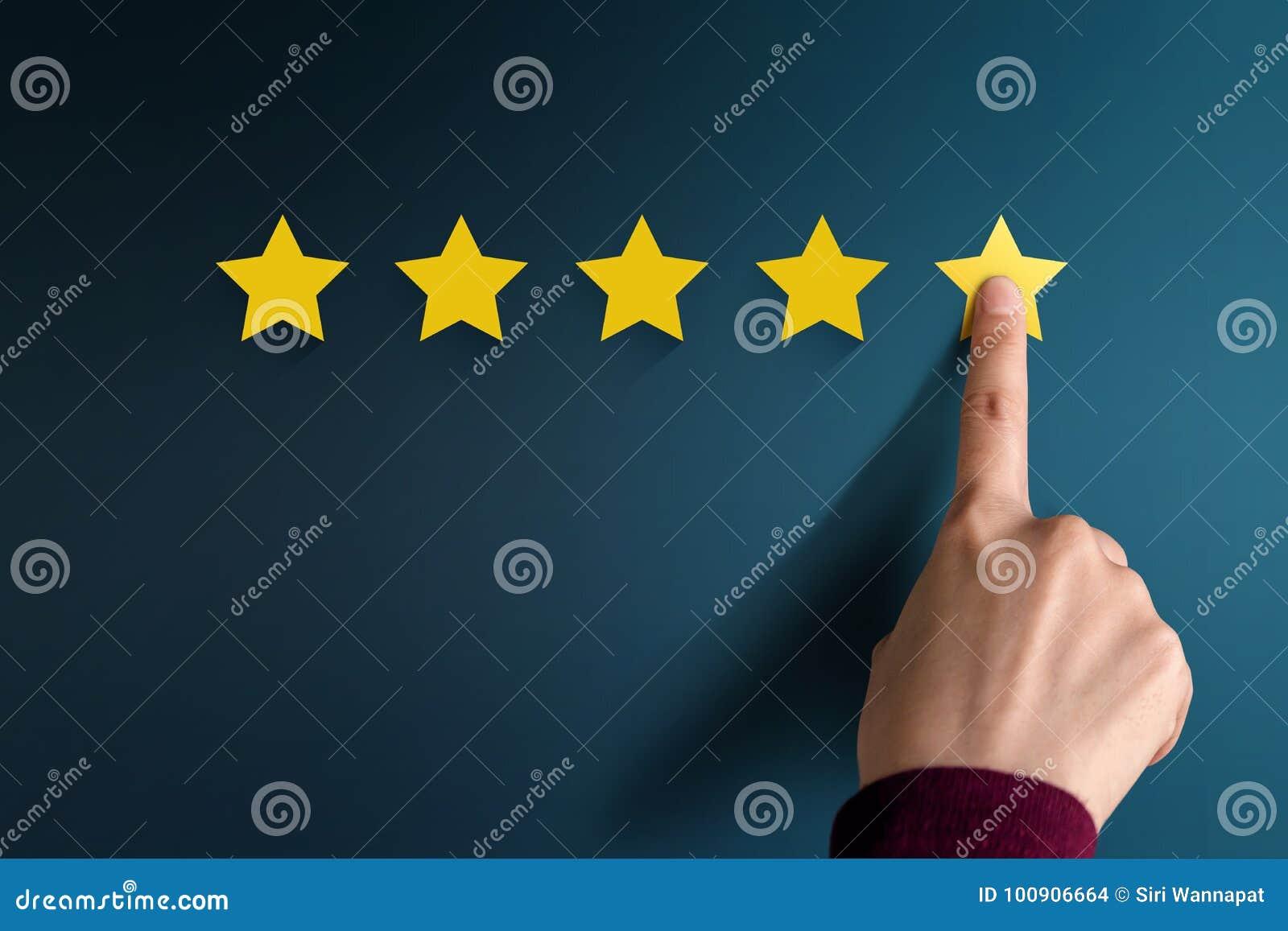 Concept d expérience de client, les meilleurs excellents services évaluant pour