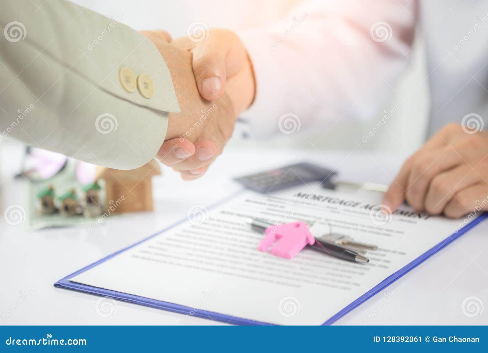 Concept d hypothèque Mettez juste votre signature ici !