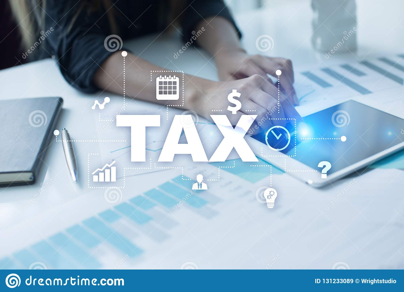 Concept d IMPÔT payé par des personnes et des sociétés cuve Impôt sur la fortune de revenu et