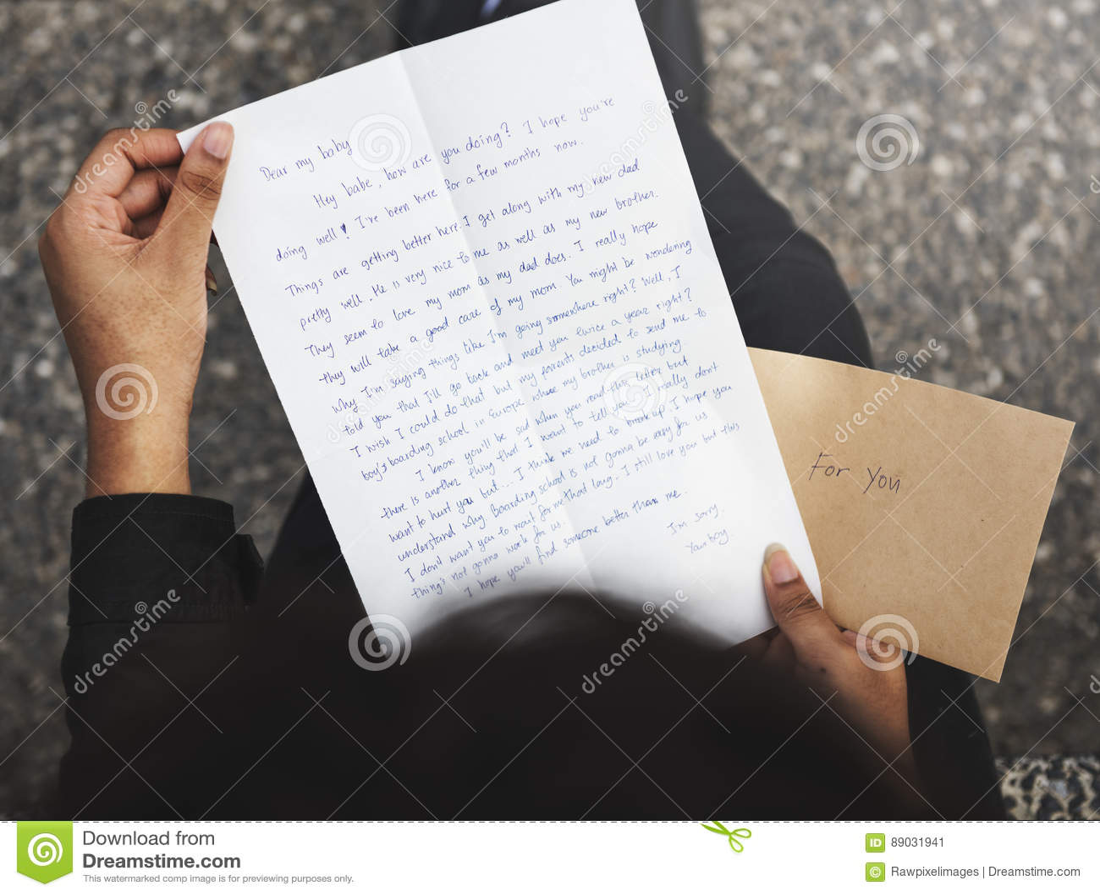 Concept de connexion de communication de correspondance de courrier de lettre