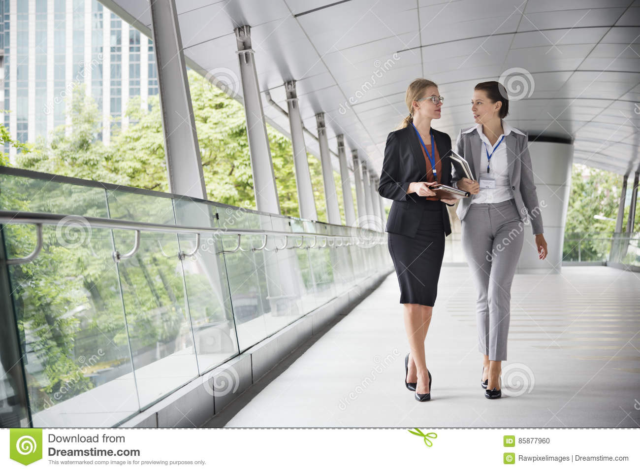 Concept de Corporate Colleagues Talking de femme d affaires