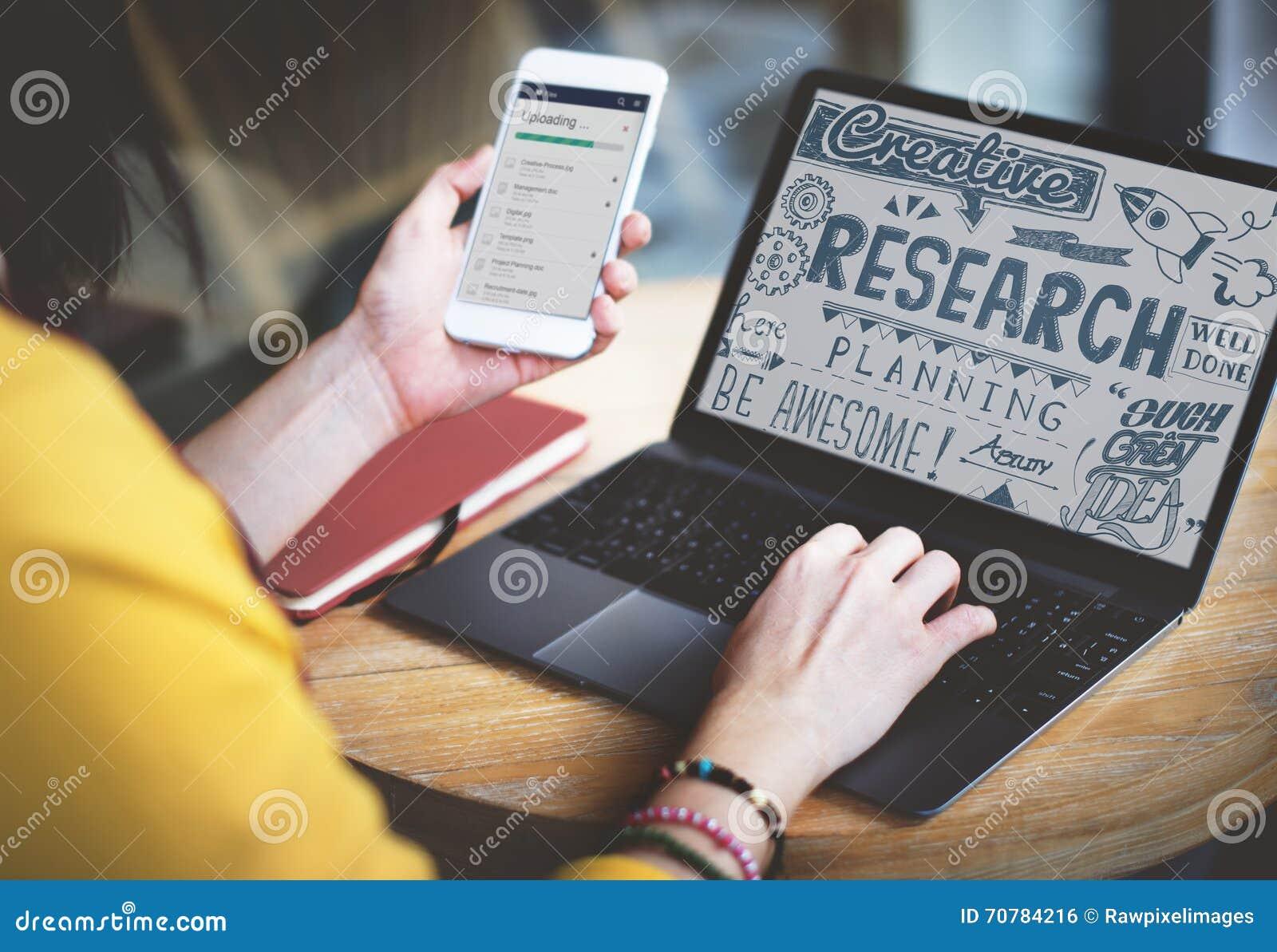 Concept de découverte d exploration de faits de rapport de résultats de la recherche