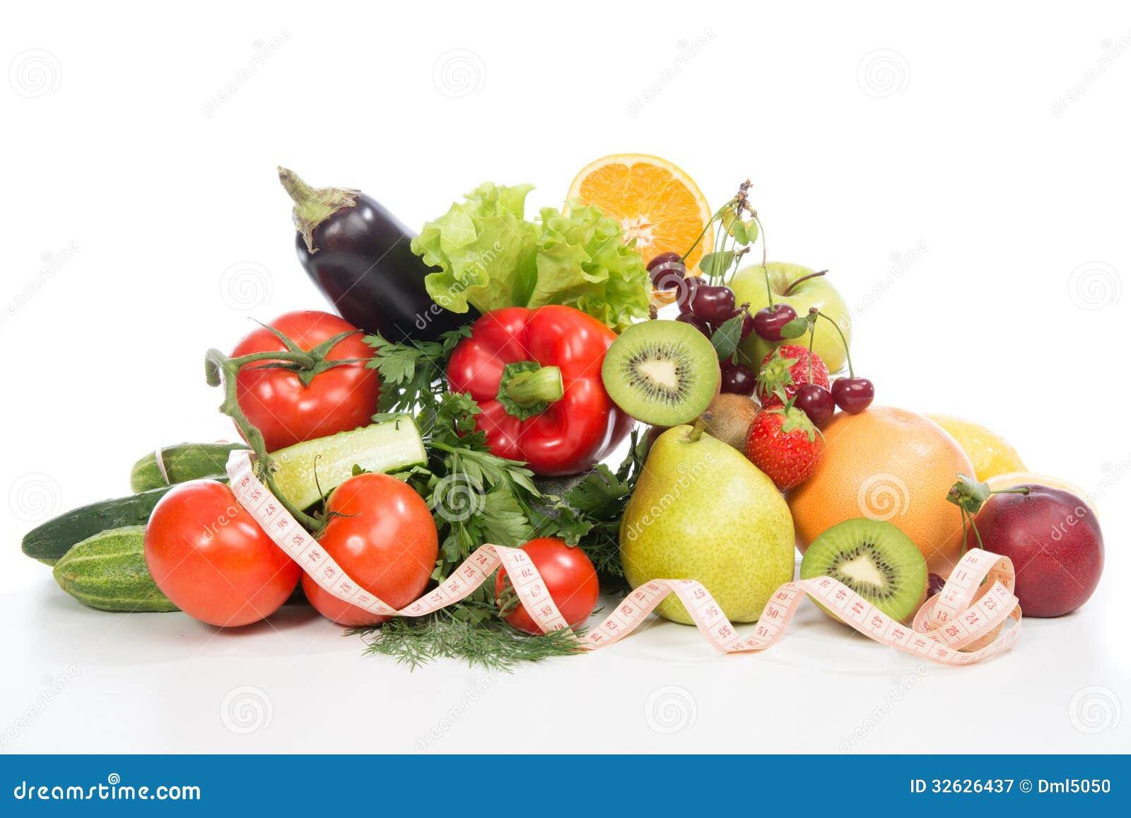 Concept de petit déjeuner de perte de poids de régime avec le ruban métrique organique