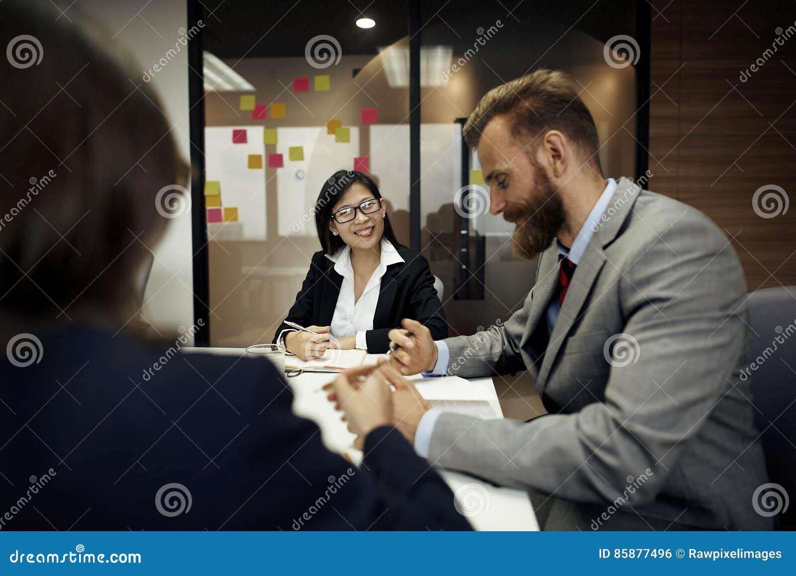 Concept de planification de conférence de discussion de réunion d affaires