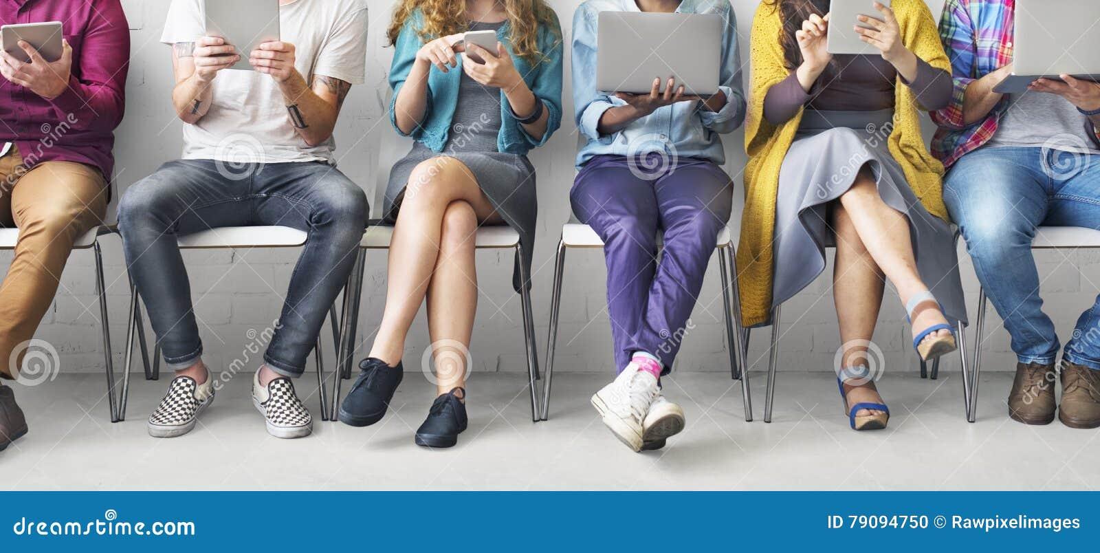 Concept de réseau de technologie de dispositifs de Digital de connexion d amis