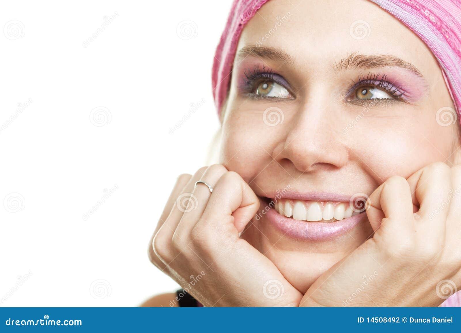 Concept de rêverie - femme désireux heureux