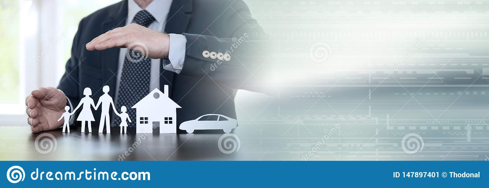 Concept familie, huis en autoverzekering Panoramische banner