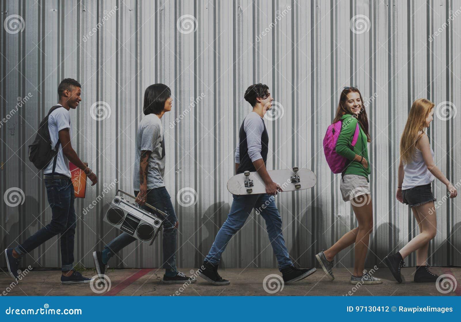 Concept occasionnel de style de la jeunesse de culture de mode de vie d adolescents