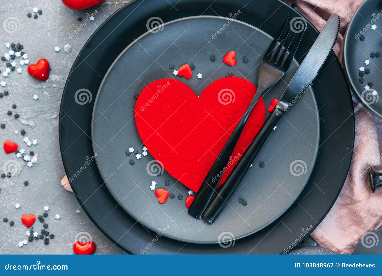 Concept romantique de dîner Fond de Saint Valentin ou de proposition