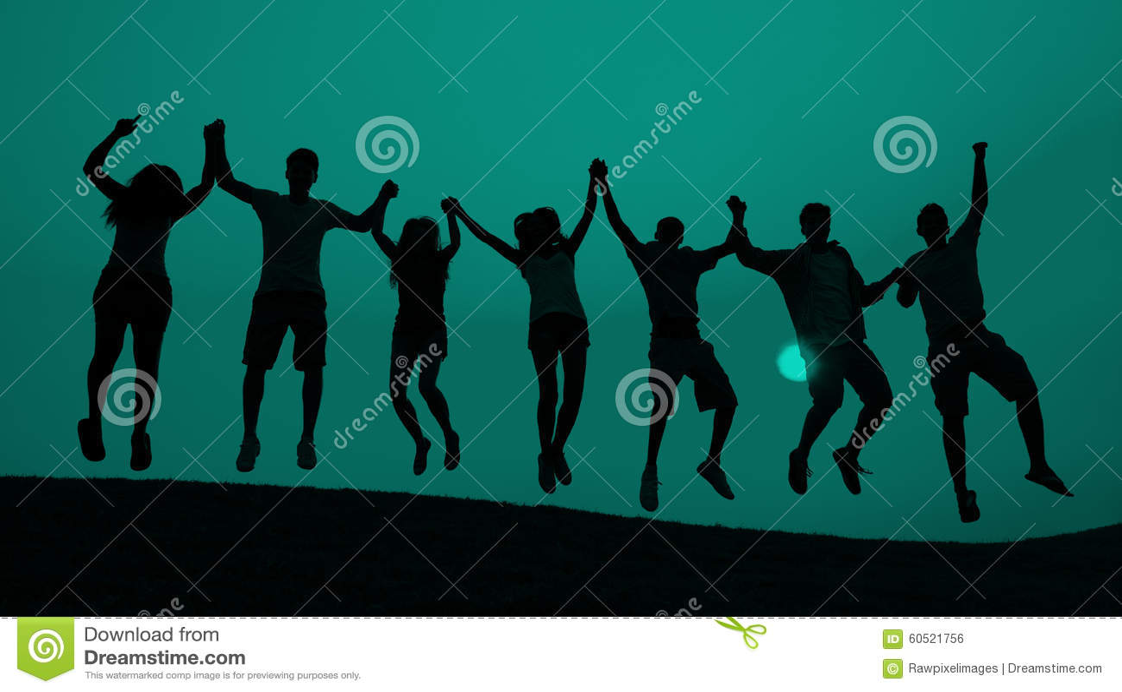 Concept sautant de célébration d amusement de la jeunesse d étudiants