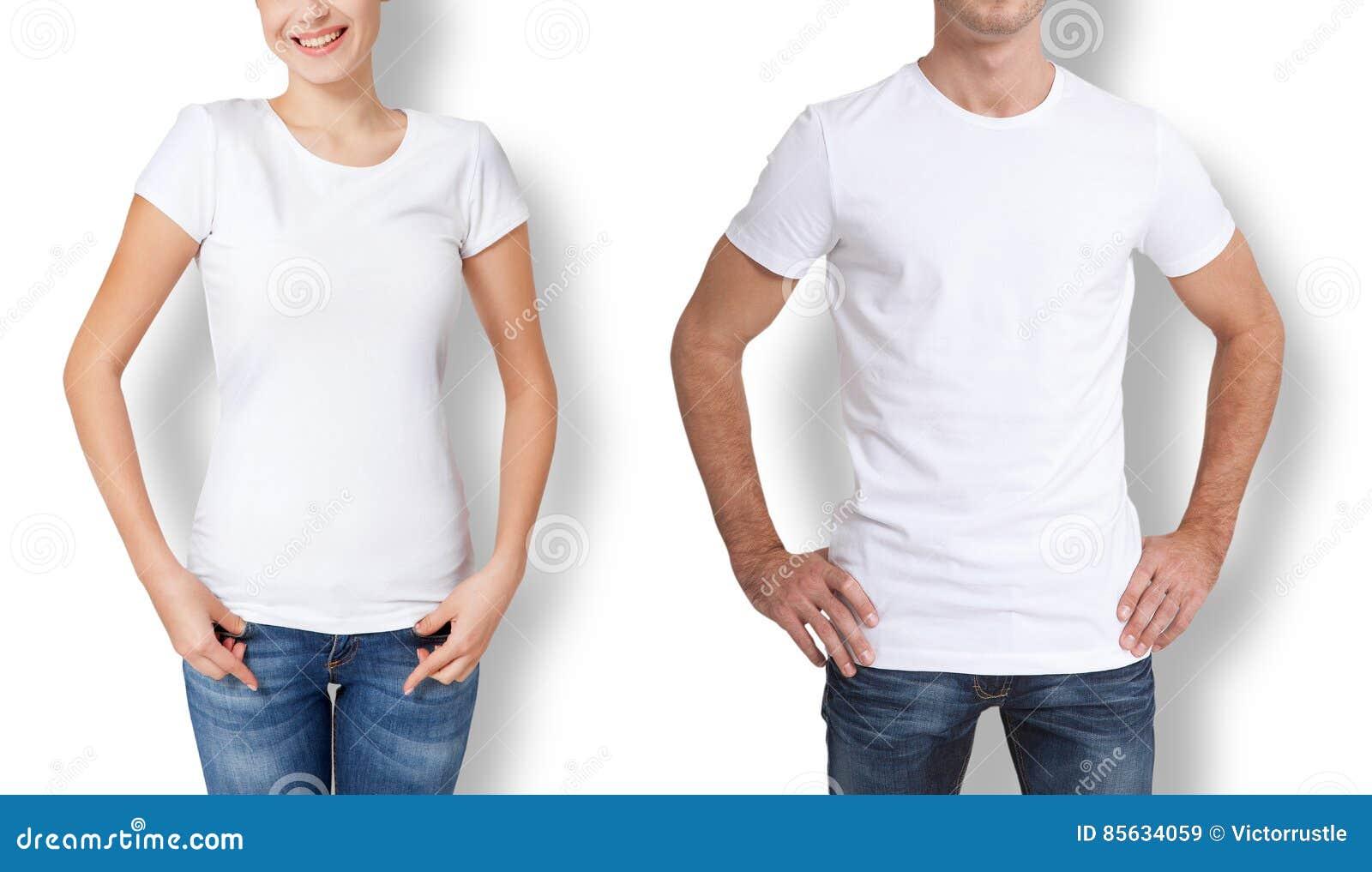 Conception de chemise et concept de personnes - fermez-vous du jeune homme et de la femme dans le T-shirt blanc vide
