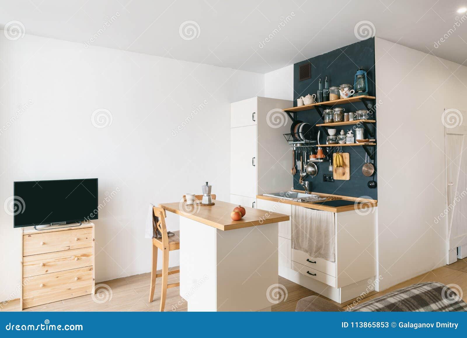 Conception De Cuisine à La Maison Moderne Dans Le Grenier Et Le ...