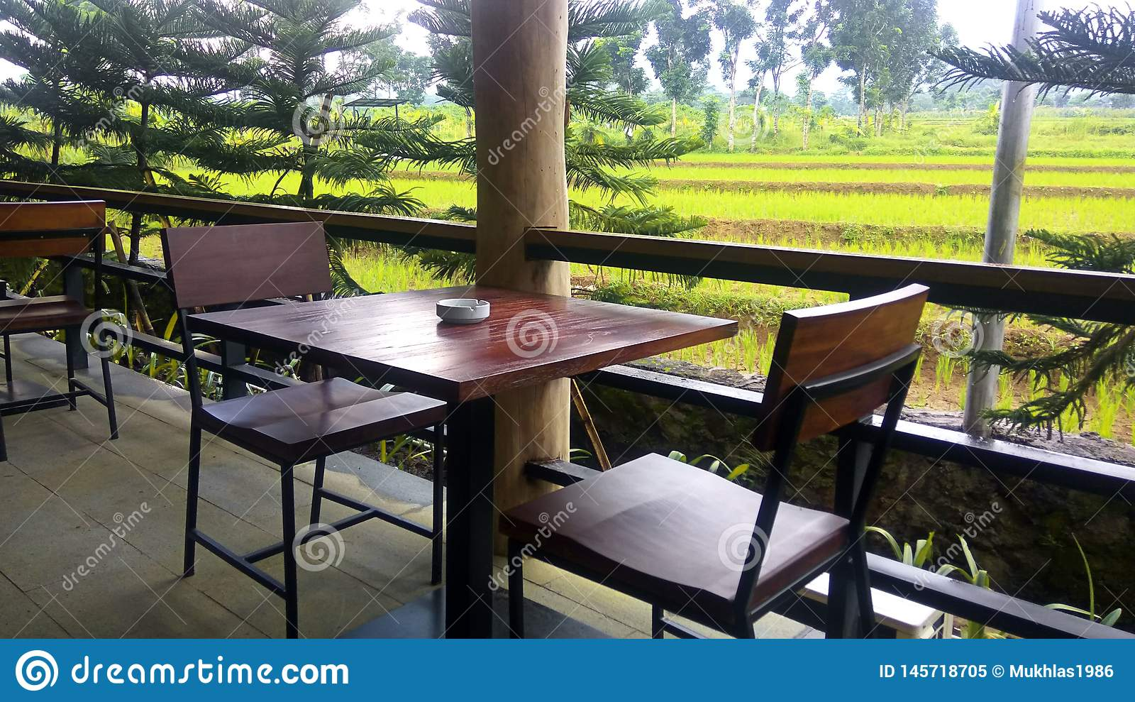 Conception et paysage 2 de meubles