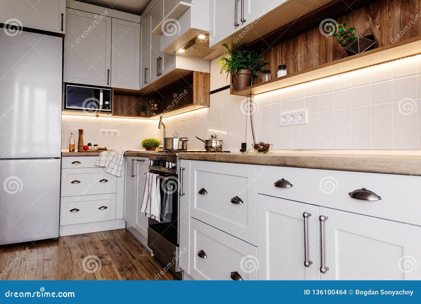 Conception Interieure De Cuisine Elegante Meubles Modernes