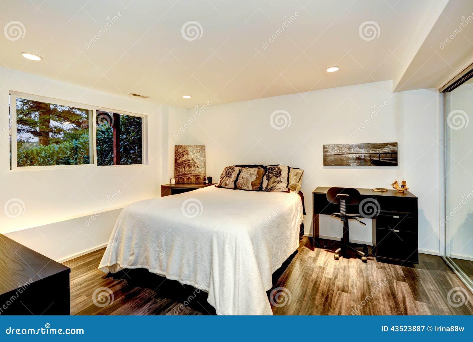 Conception int rieure de chambre coucher pratique avec for Photo de chambre a coucher