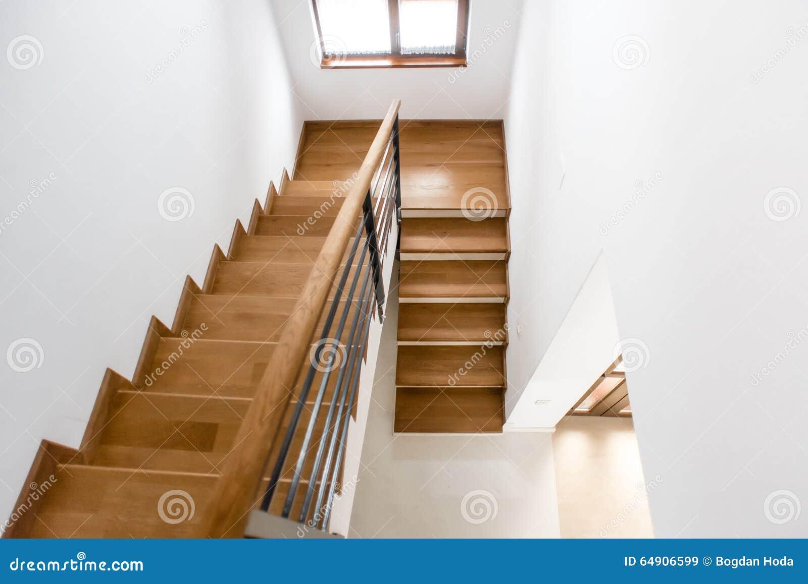 conception int rieure escalier minimaliste en bois dans la. Black Bedroom Furniture Sets. Home Design Ideas