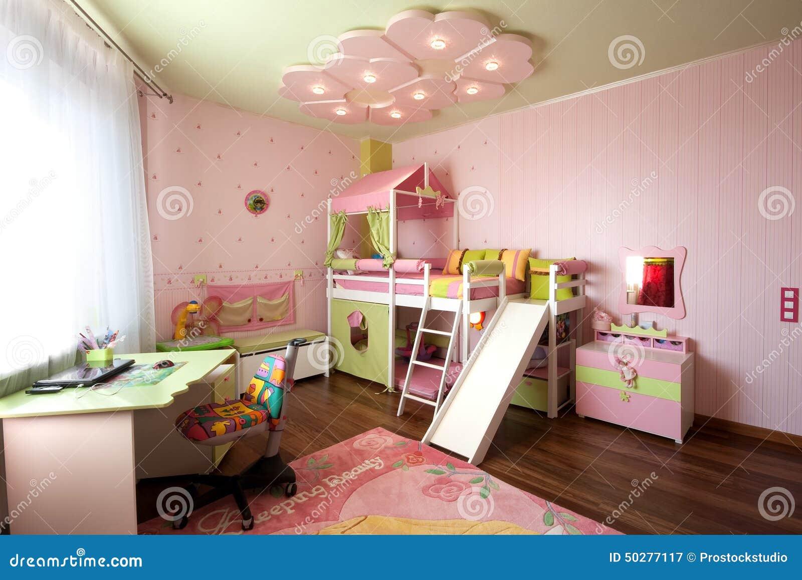 Conception moderne d'un intérieur de chambre d'enfant dans des ...