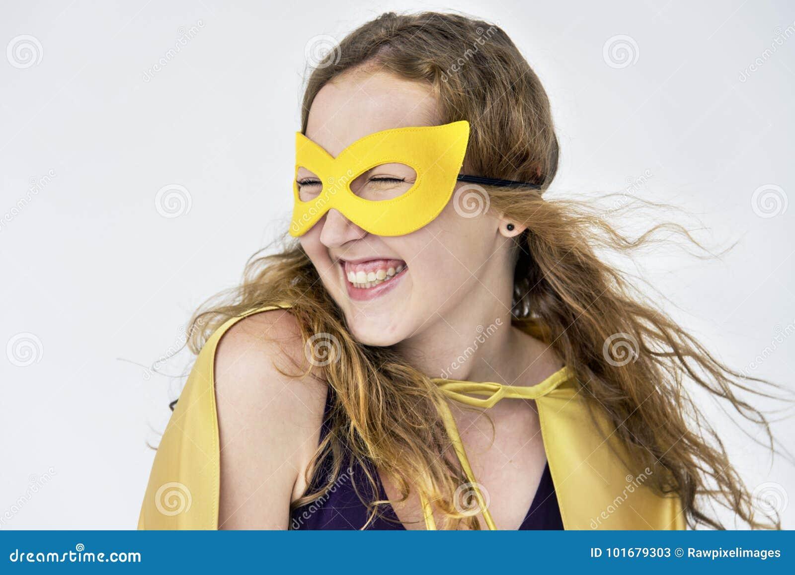 Concepto de la diversión del traje del superhéroe