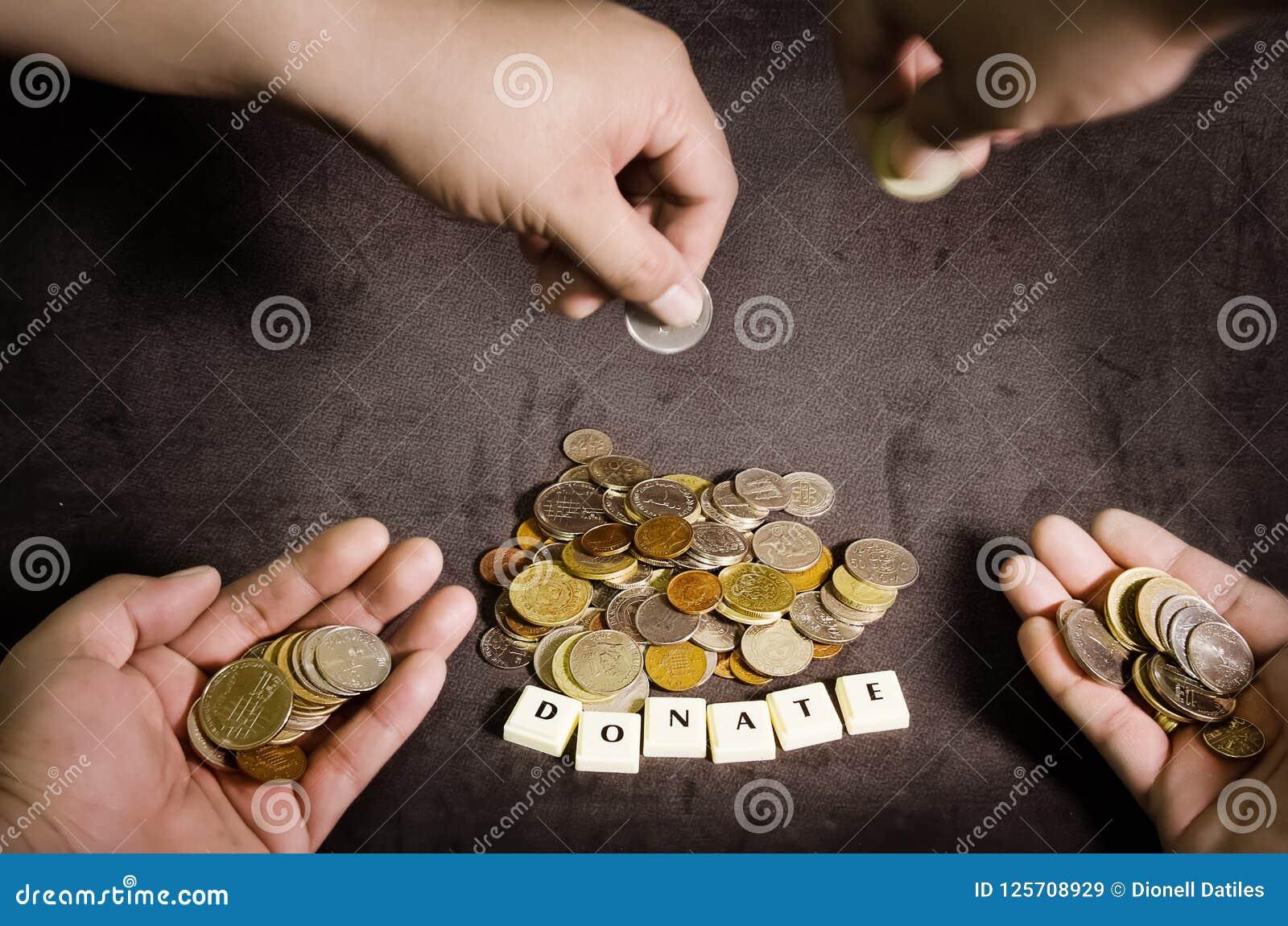 Concepto de la donación, obtención de fondos para una causa