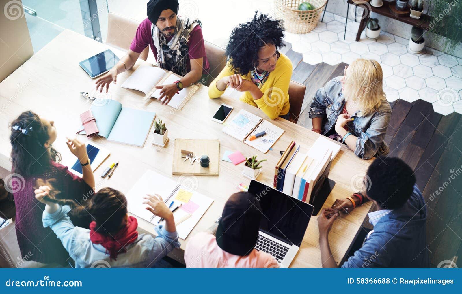 Concepto de la reunión de Teamwork Brainstorming Planning del diseñador