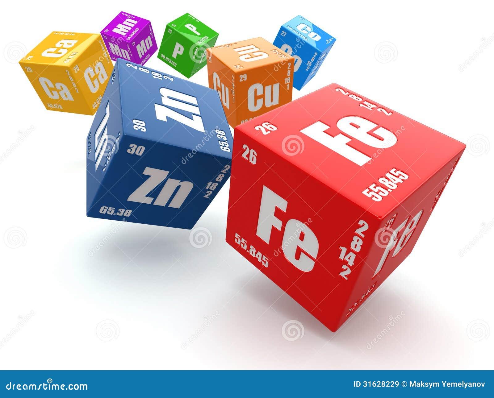Concepto de qumica tabla de elemento peridica en los cubos stock download comp urtaz Choice Image
