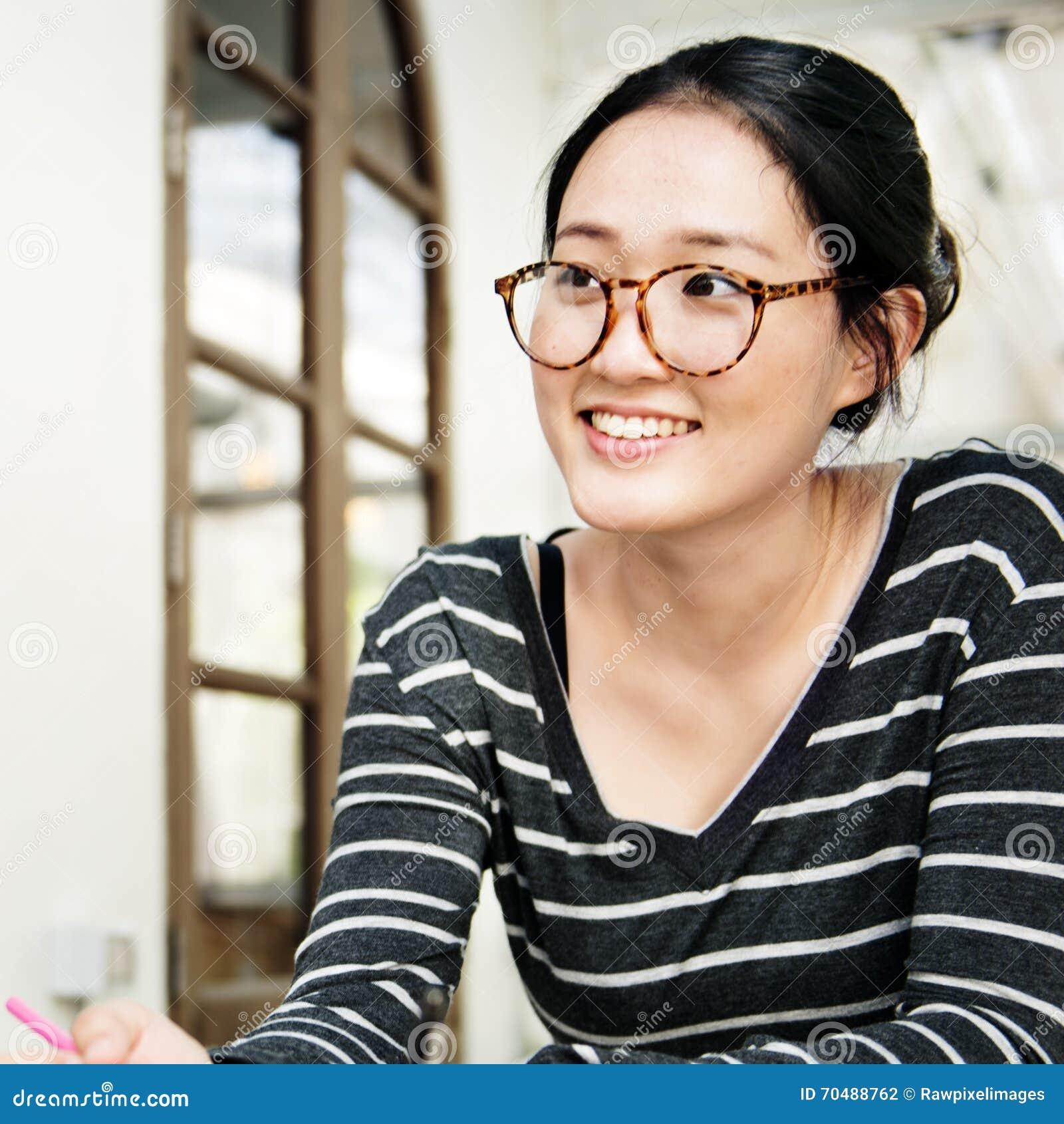 Concepto de Woman Asian Ethnicity del estudiante