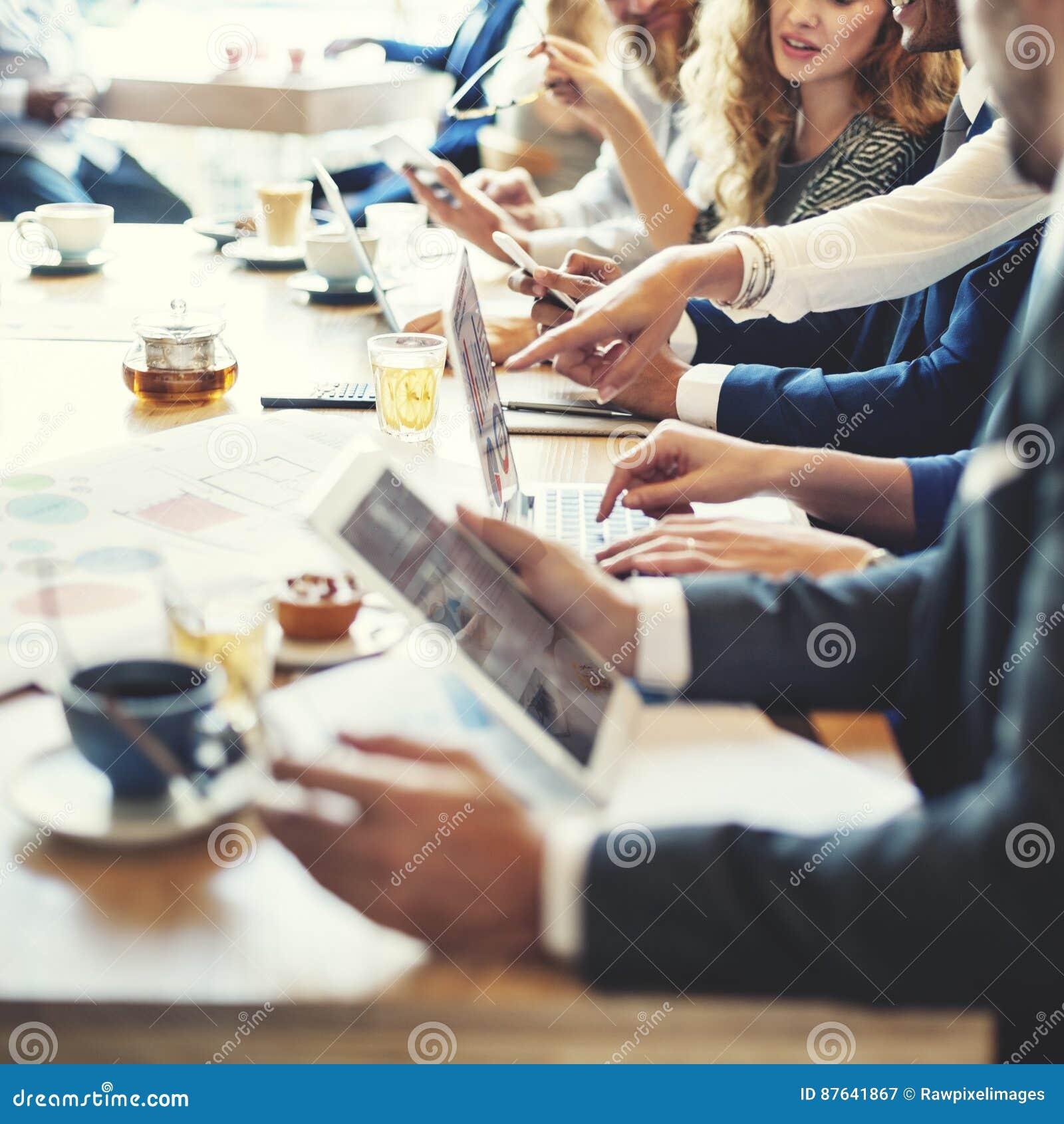 Concepto del negocio del Analytics del gráfico de la discusión de la reunión