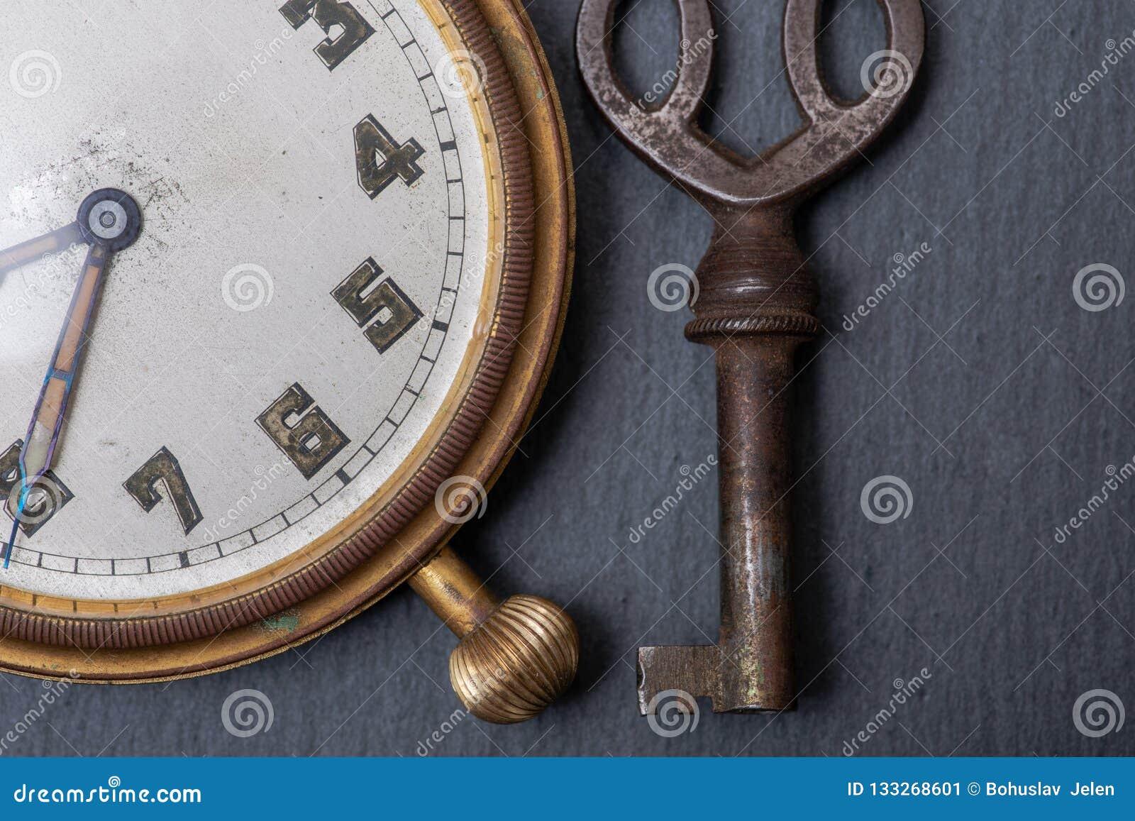 Del Reloj Llave Rhei De PantaVieja Antigua Concepto Y 76gybYfv
