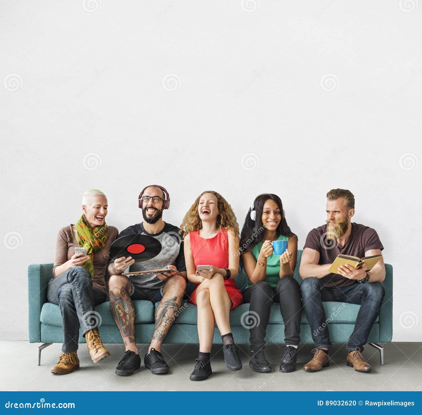 Concepto diverso de la música de la tecnología de la unidad de la comunidad de la gente