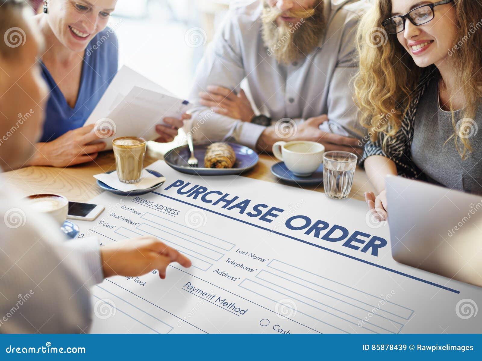 Concepto en línea del trato de la forma de la orden de compra