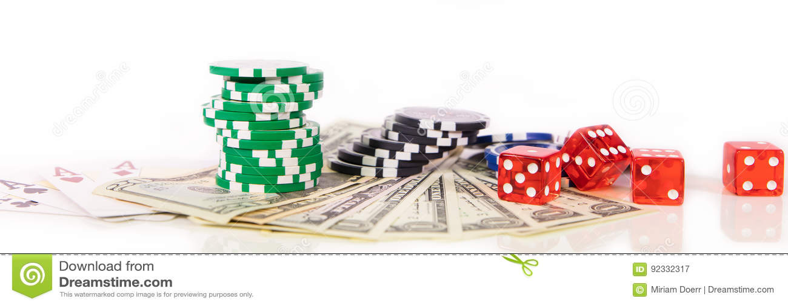 Concepto que juega en Las Vegas, microprocesadores del casino, naipes y d