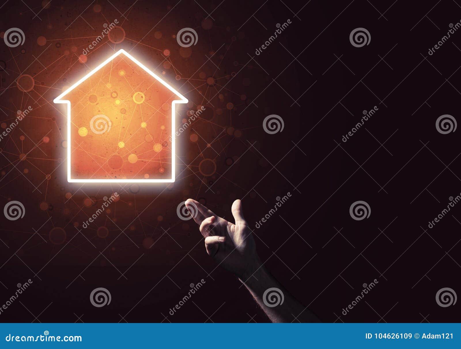 Download Conceptueel Beeld Die Met Hand Op Huis Of Hoofdpaginapictogram O Richten Stock Afbeelding - Afbeelding bestaande uit digitaal, flats: 104626109