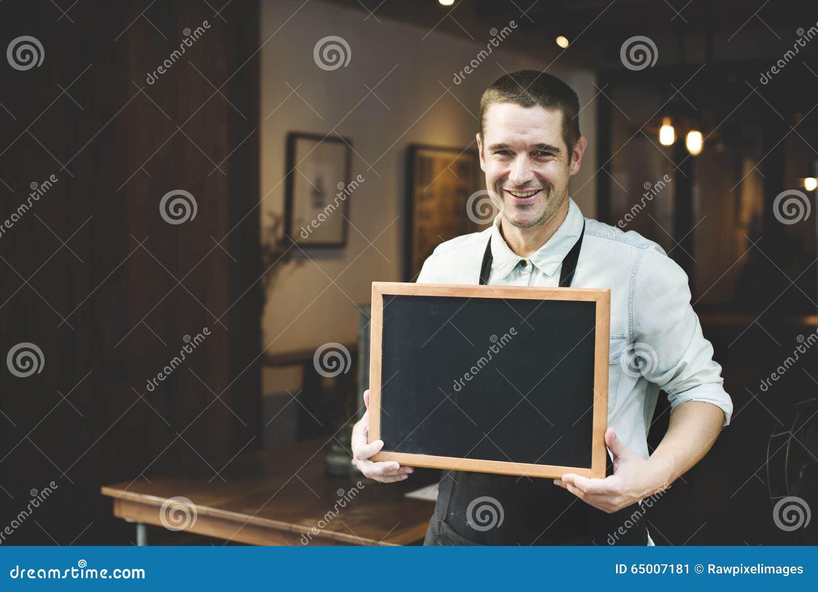 Concetto bello di Coffee Shop Smiling di barista