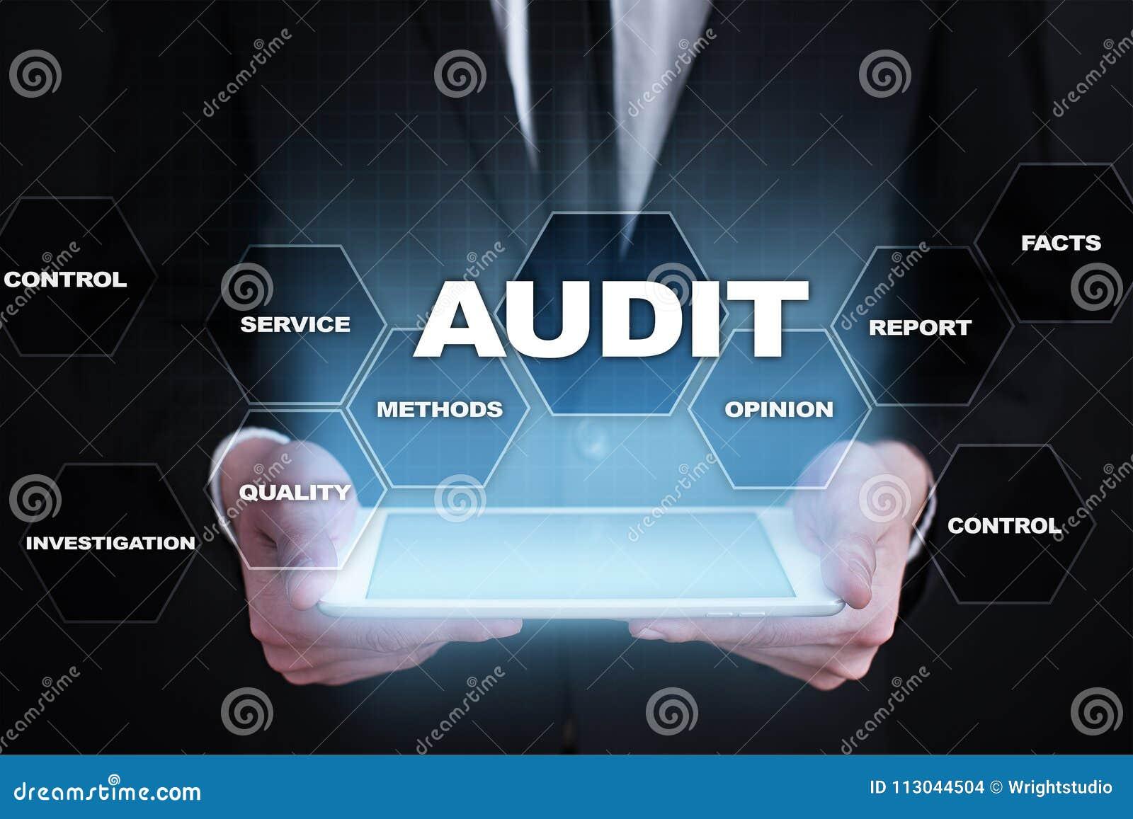 Concetto di affari di verifica auditor conformità Tecnologia dello schermo virtuale