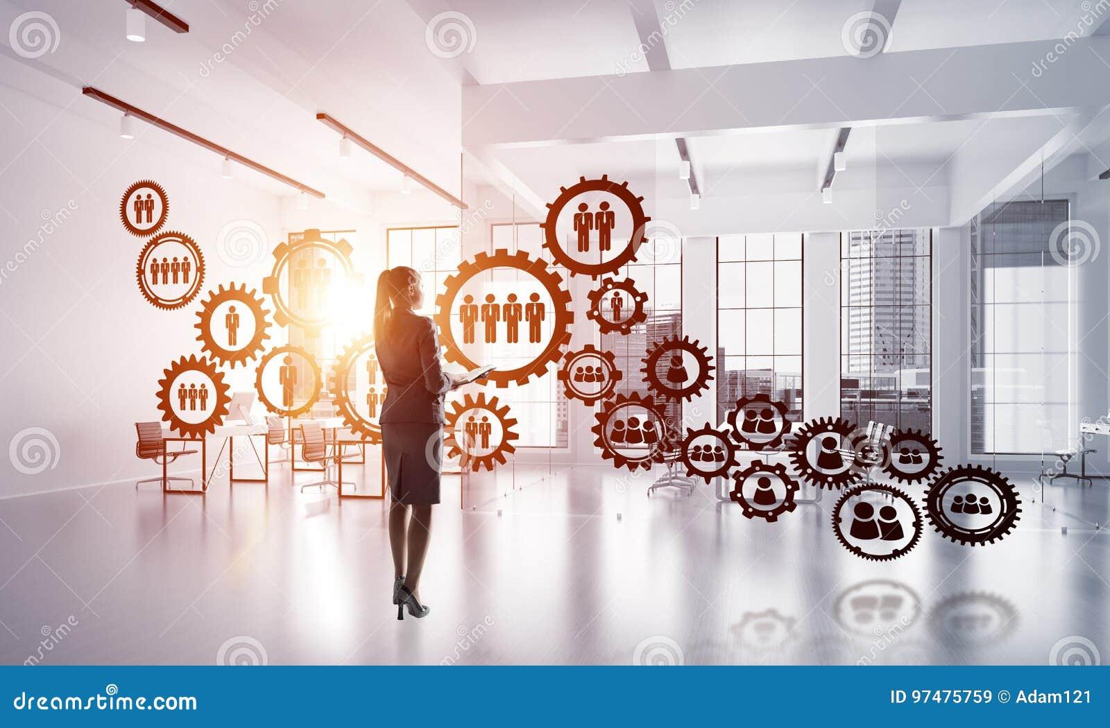 Concetto di comunicazione del sociale e della rete come efficace punto per l affare moderno