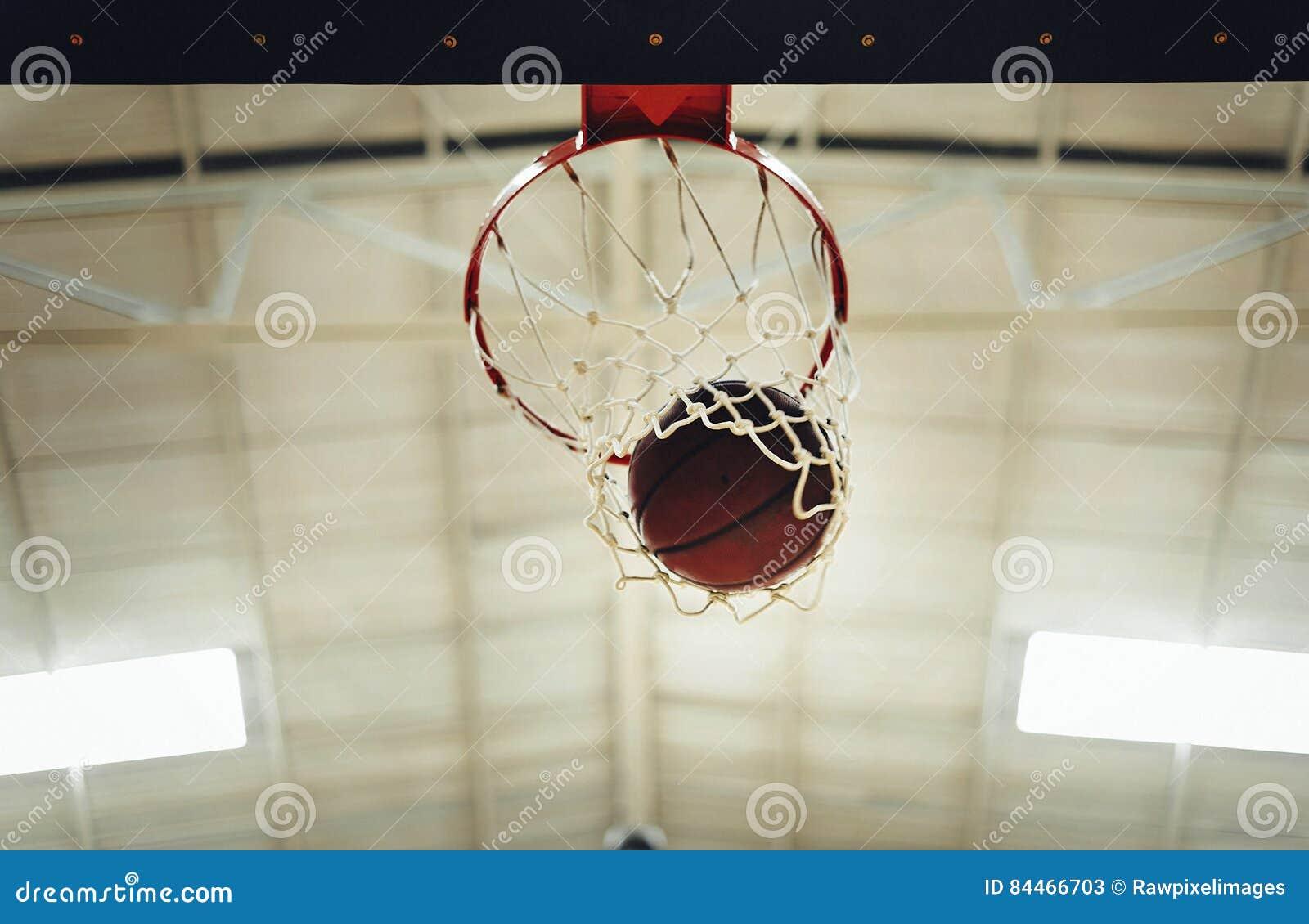 Concetto di conquista della concorrenza del punto di pallacanestro