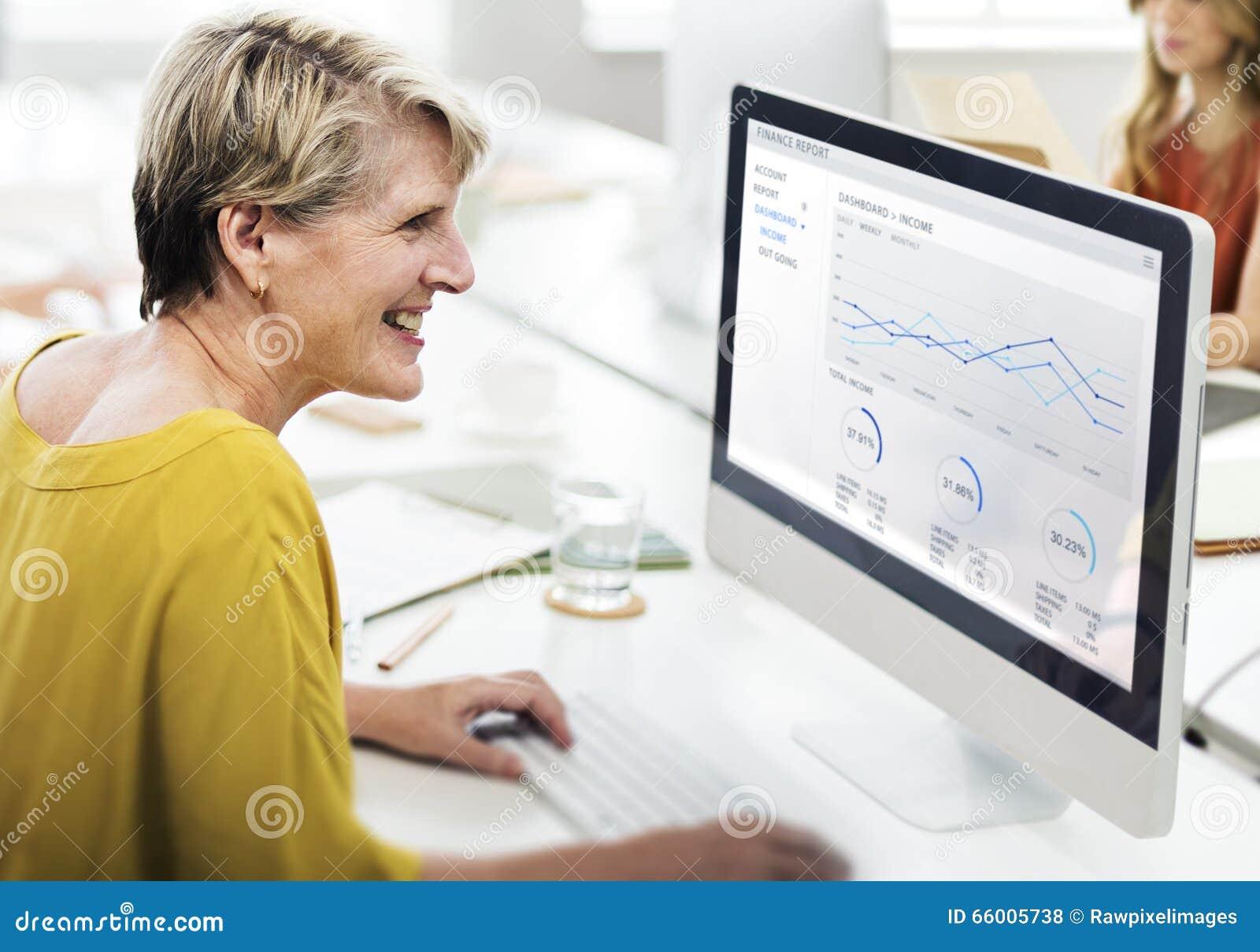 Concetto di Contemporary Cooperation Creative della donna di affari