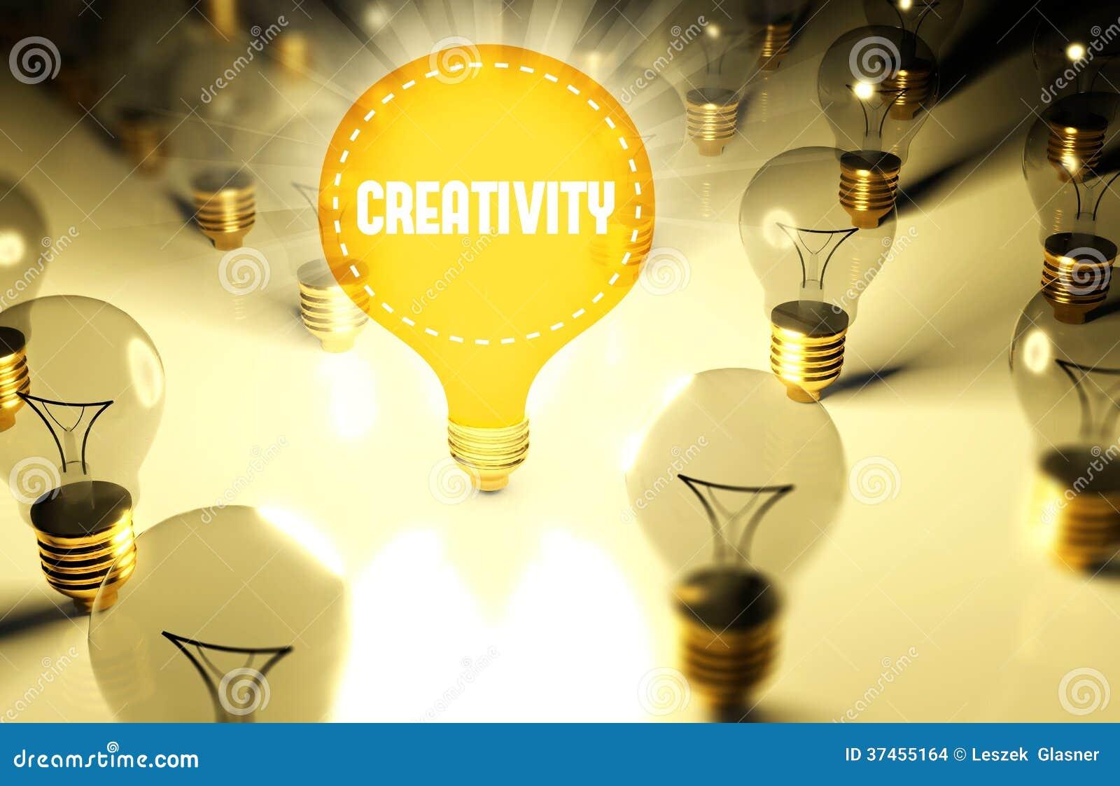 Concetto di creatività con le lampadine