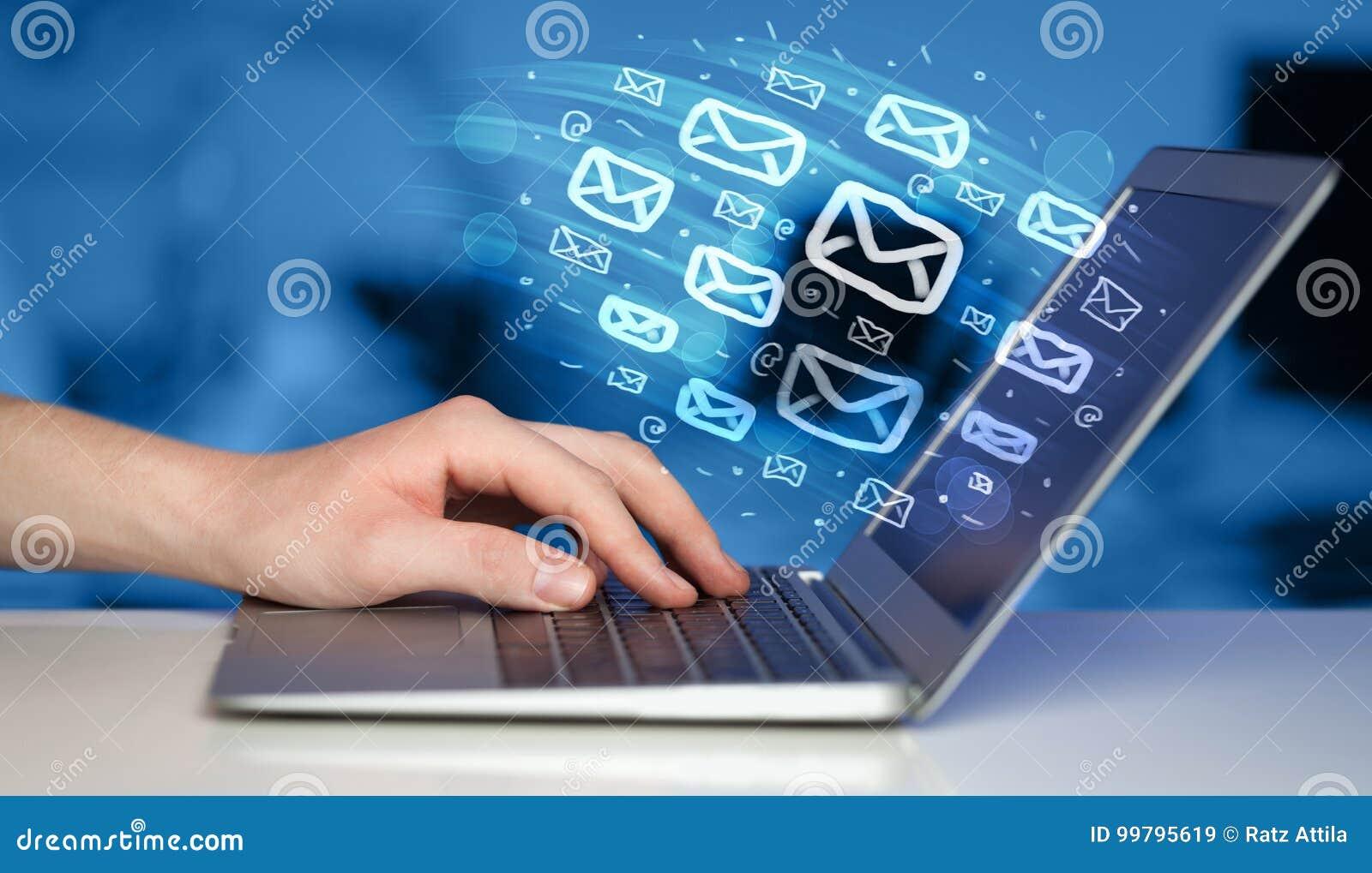 Concetto di invio dei email