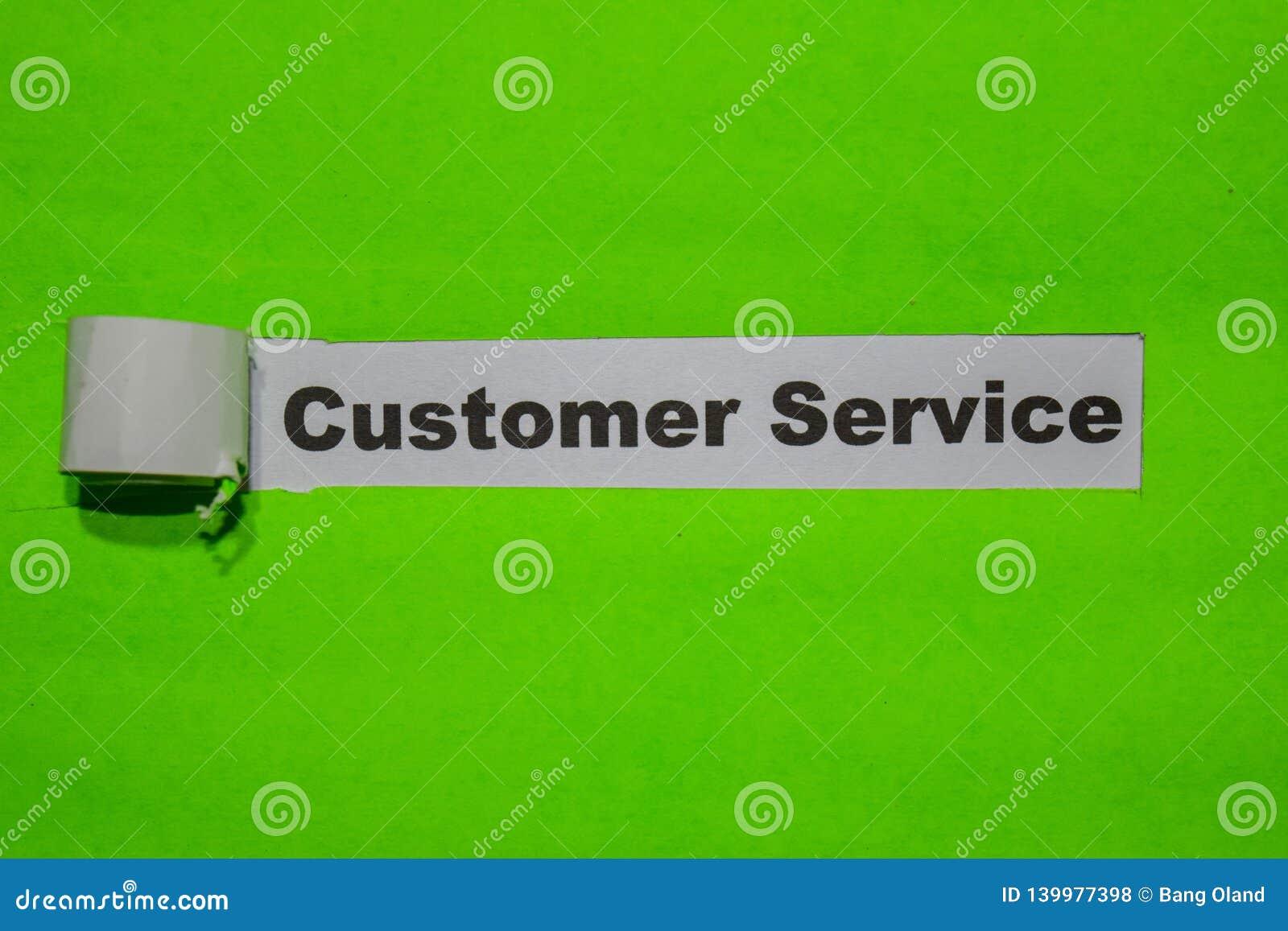 Concetto di servizio di assistenza al cliente, di ispirazione e di affari su carta lacerata verde
