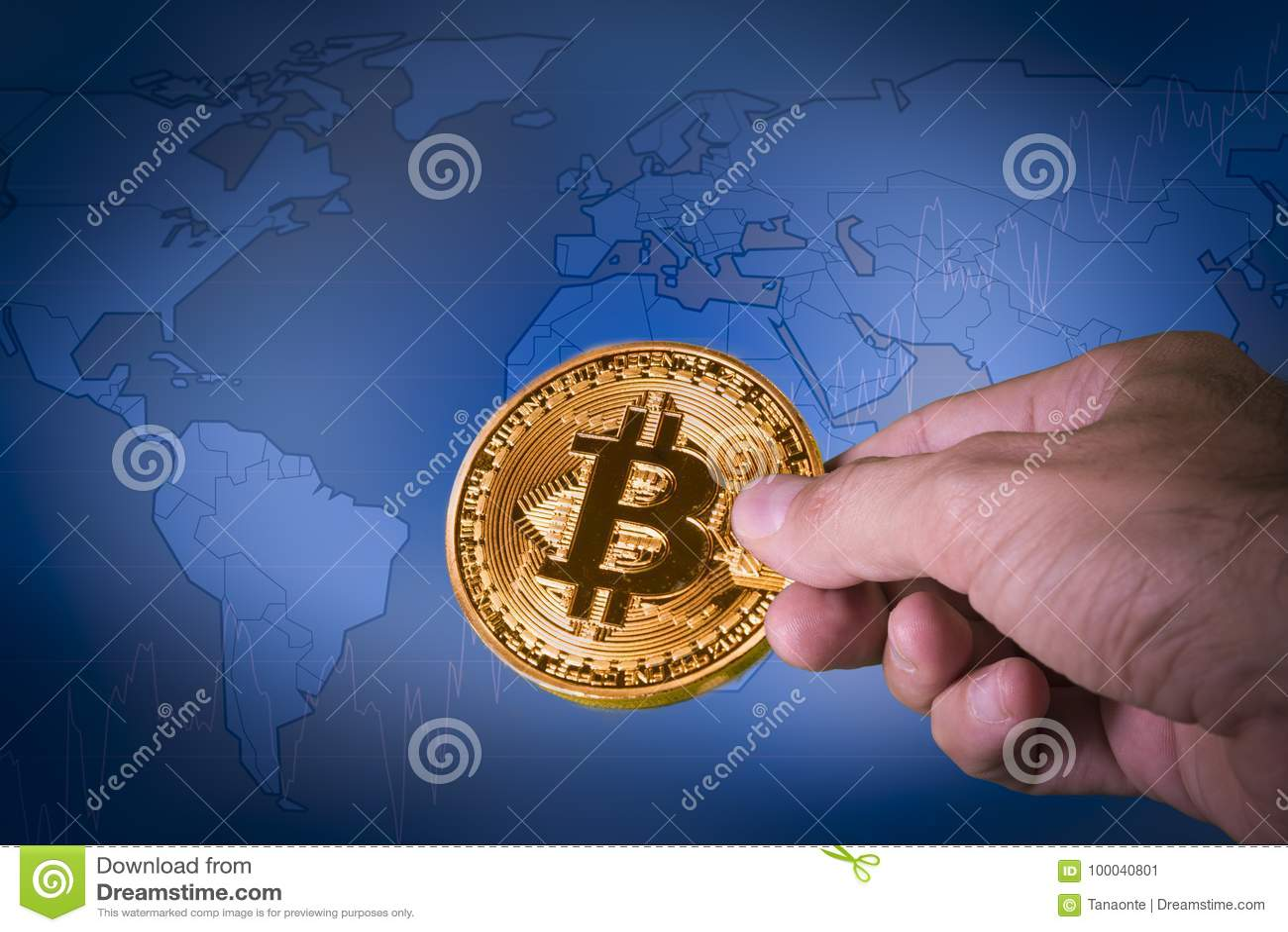 Concetto finanziario di crescita con la mappa di mondo dorata di ona di Bitcoins