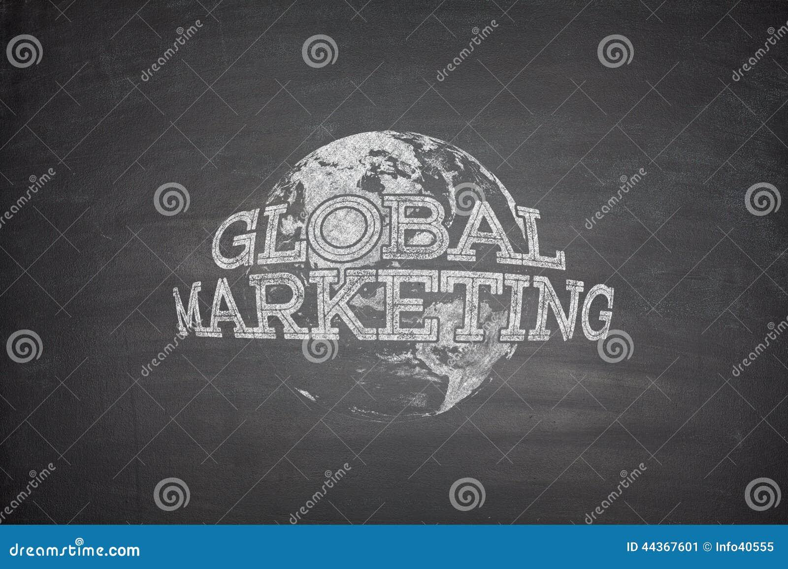 Concetto globale di vendita sulla lavagna