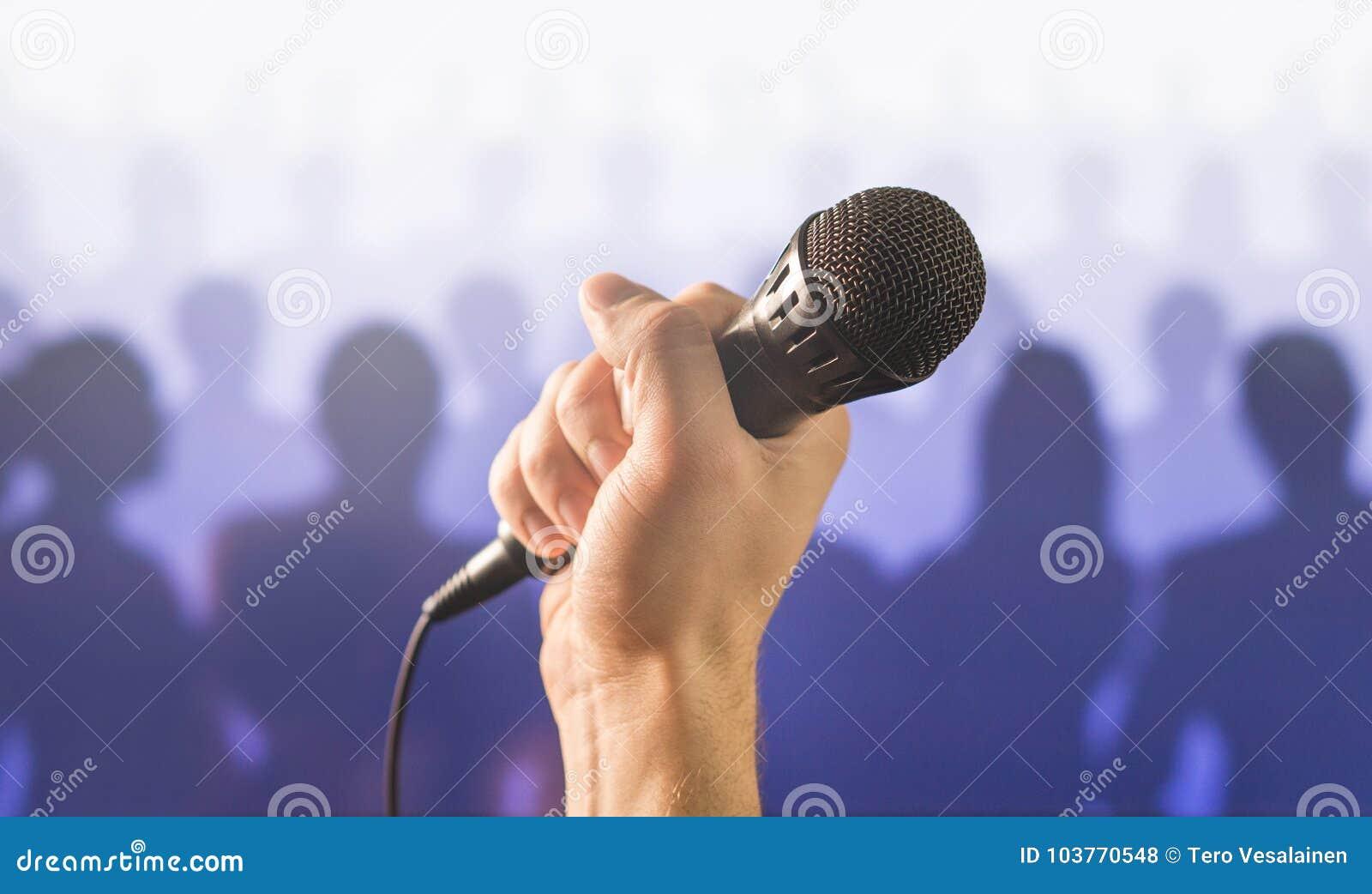 Concetto parlante e dante pubblico di discorso