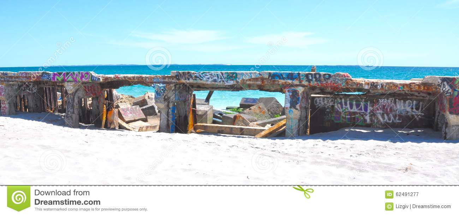 Concrete Breakwater with Tagging: Fremantle, Western Australia