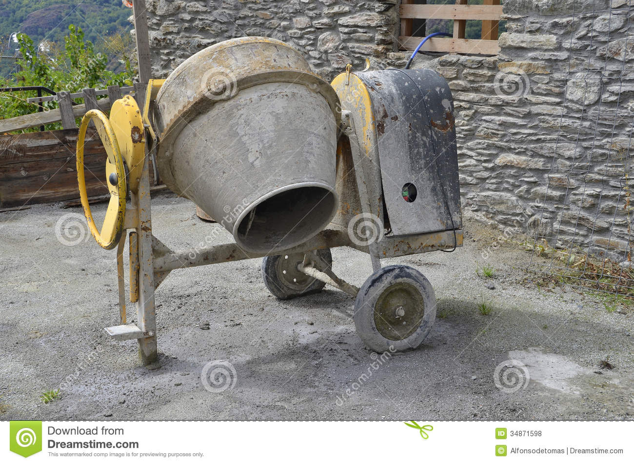 Concrete Mixer Royalty Free Stock Photos - Image: 34871598