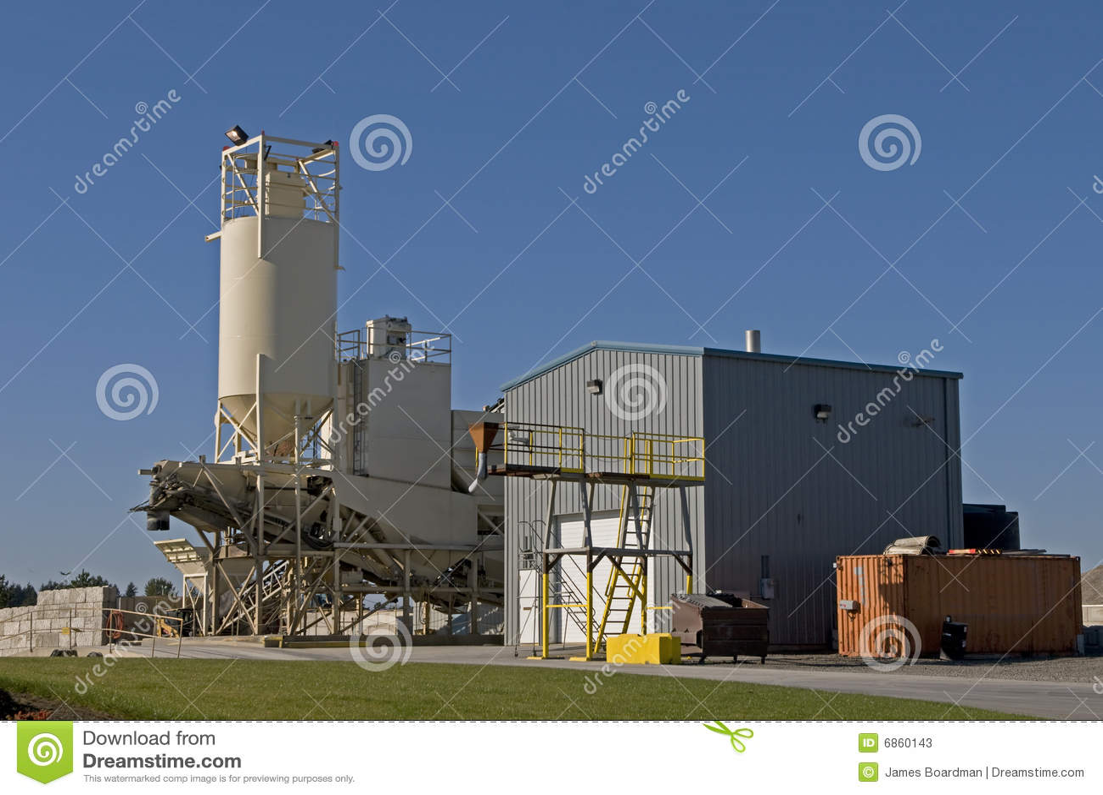 Concrete Mixing Animation : Concrete mixing facility stock photos image